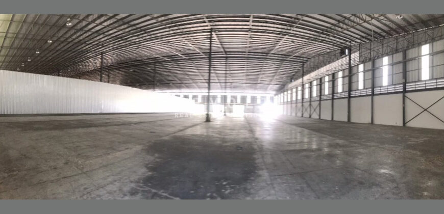 Warehouse for Rent : Near Pinthong IE